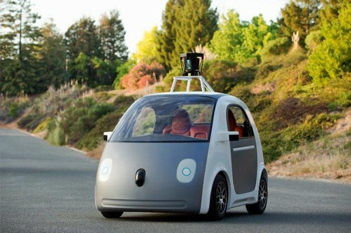 Google去年就推出一款無人駕駛概念車,車上裝載多個感應裝置,來蒐集周遭的路況...