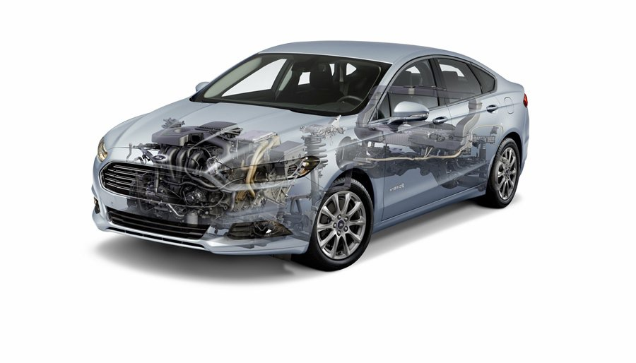 Mondeo Hybrid以2.0L Atkinson循環引擎,搭配鋰離子電池組...
