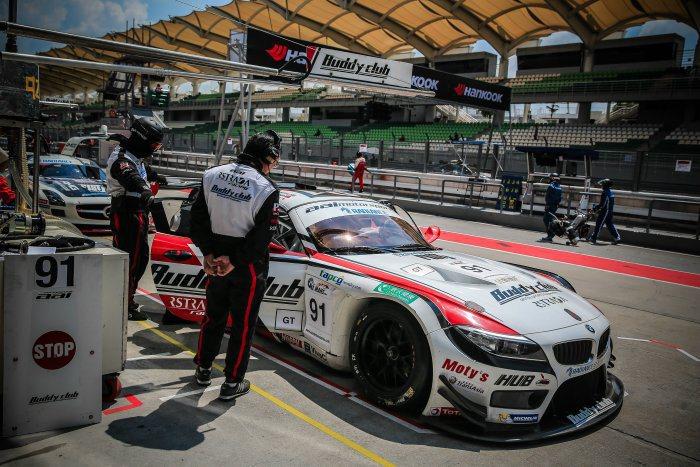 24h Le Mans之所以備受矚目,因為全成以平均時速300公里的超高速24小...