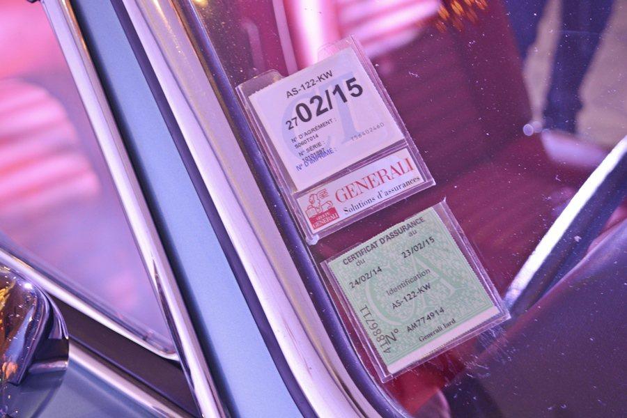 展出的SDebring 3500 GT還保留完整的原始文件和歷代車主的資料與證照...