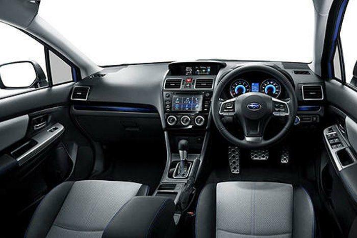 內裝維持現行款Impreza座艙佈局,最大差異在於多功能資訊幕可提供車輛充電資訊...