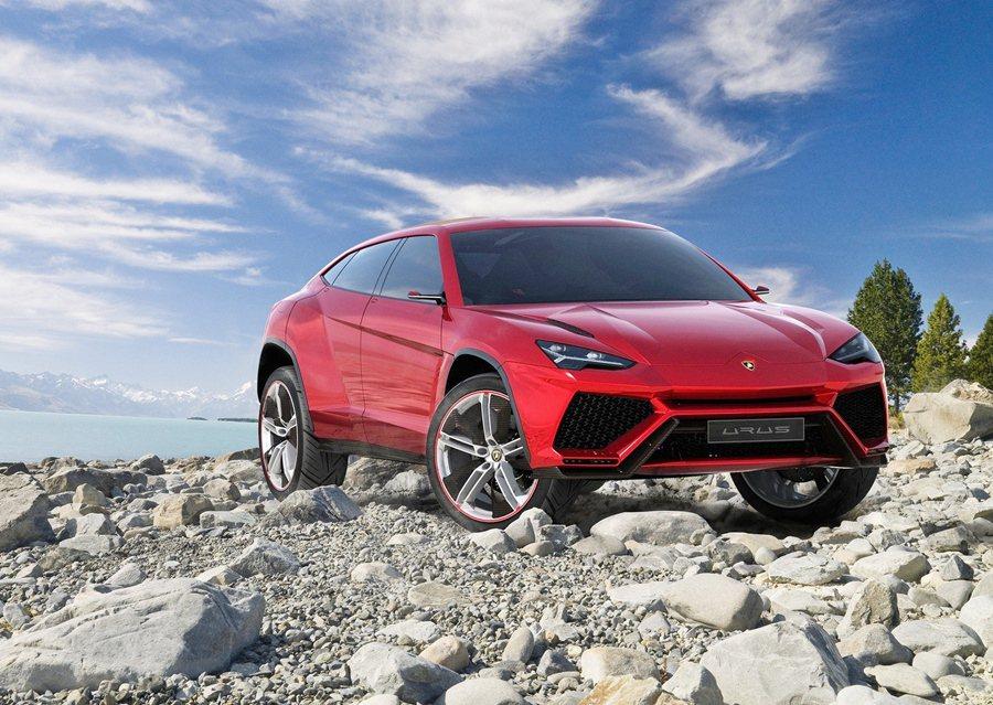 義大利超跑品牌Lamborghini近日宣佈,將投入生產現有產品線之第三款全新SUV豪華運動休旅車,並計畫於2018年正式進入市場。 Lamborghini提供