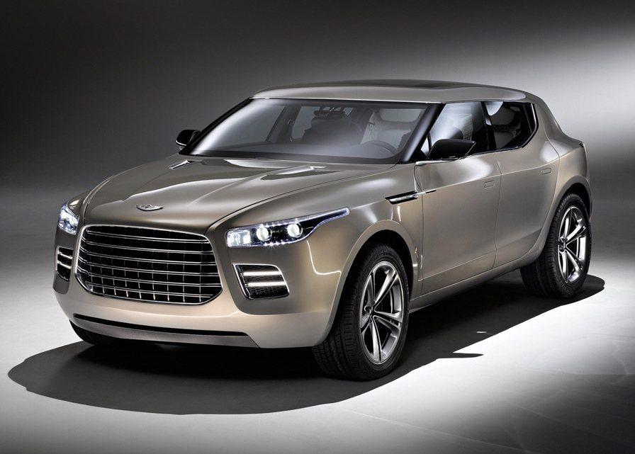 英國品牌Aston Martin,多年前曾推出Lagonda概念休旅,車界預測這...