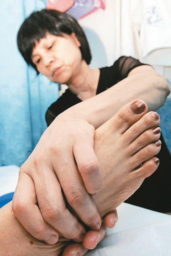 很多民眾對於腳底按摩卻步,很多觀念都是來自於綜藝節目,台灣的綜藝節目多會把腳底按...