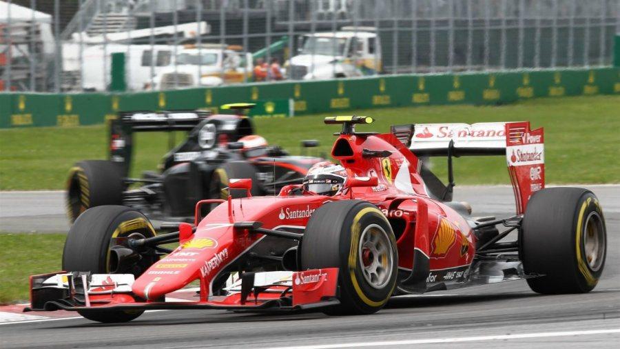 排位賽獲得第3位的Kimi發生打滑,被表現更穩定的威廉斯車手Bottas超越,失...