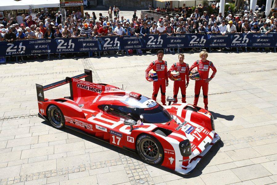 其中的Porsche車隊由車手Mark Webber、Nico Hulkaenb...