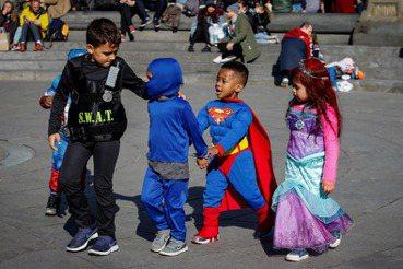 西方人比我們會教小孩?錯誤的「國際觀」比小孩哭鬧更可怕
