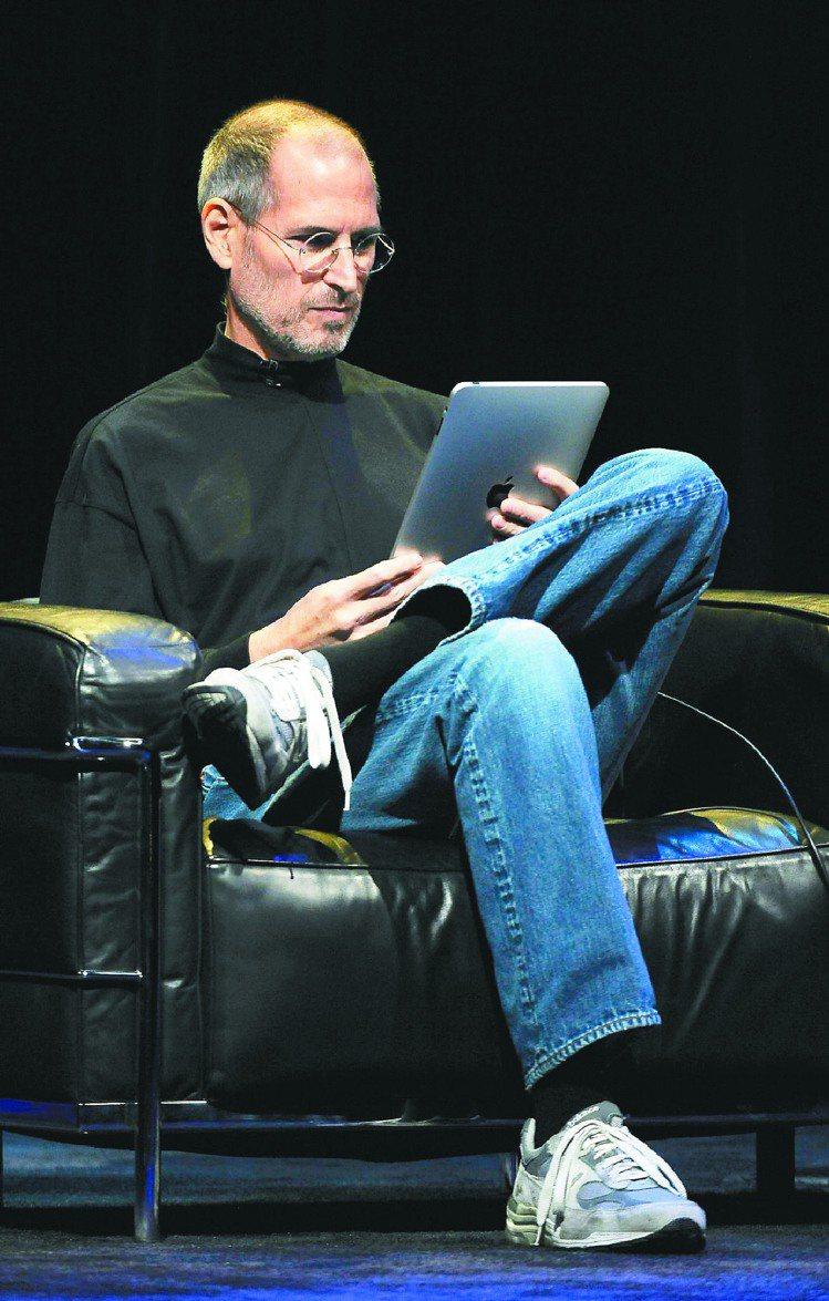 蘋果公司創辦人賈伯斯的傳記正在籌備中,由「時代雜誌」前總編輯艾薩克森執筆,預定1...