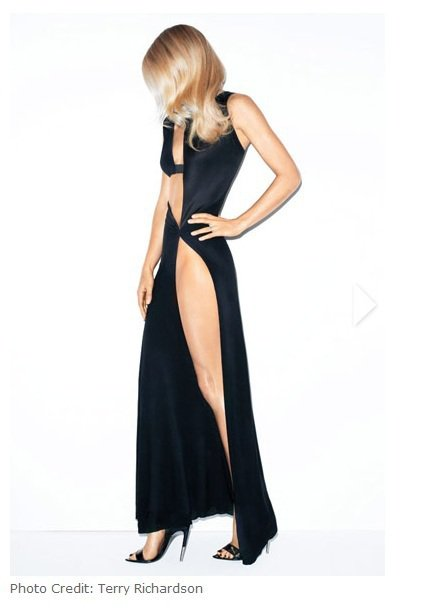葛妮絲派特蘿身穿Anthony Vaccarello服裝。圖/擷取自Bazaar...