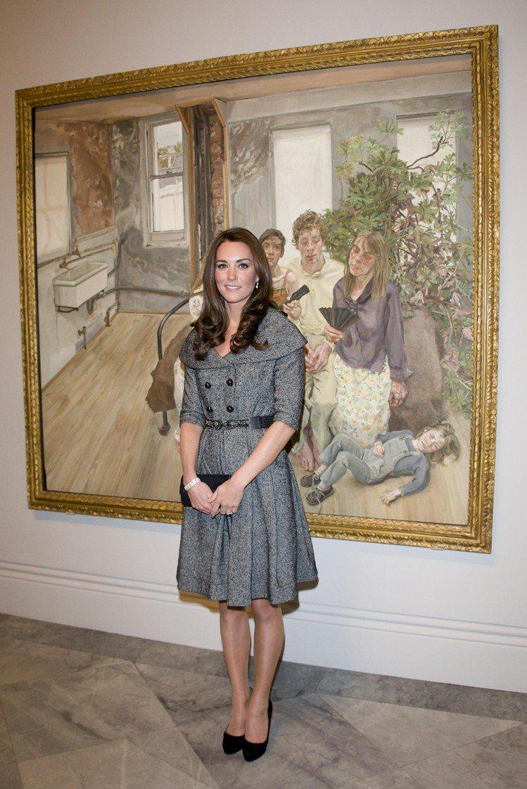 凱特8日出席已故英國藝術家佛洛伊德的畫展。圖/美聯社