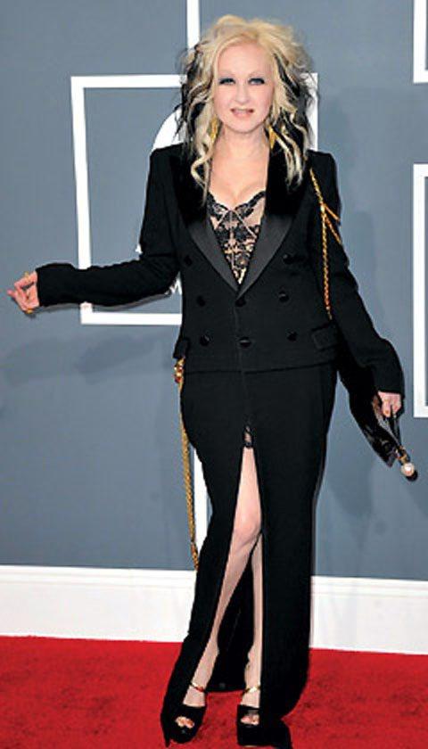 辛蒂露波再次被罵穿得太怪、太醜。圖/法新社