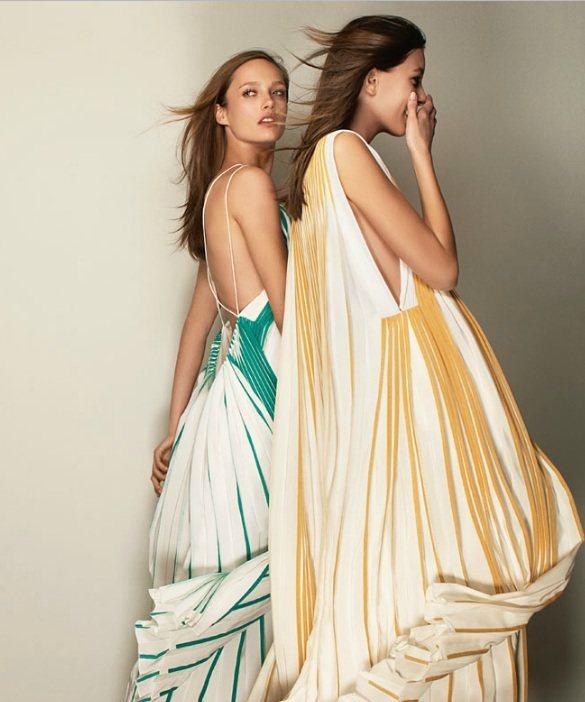 Karmen Pedaru(左)代言Chloe春夏系列。圖/擷取自Chloe官網