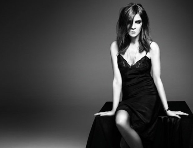 時尚女強人Carine Roitfeld將與M.A.C合作推出彩妝系列。圖/M....