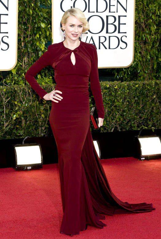 娜歐蜜華茲在金球獎的禮服被許多時尚專家評為最美造型之一。圖/達志影像