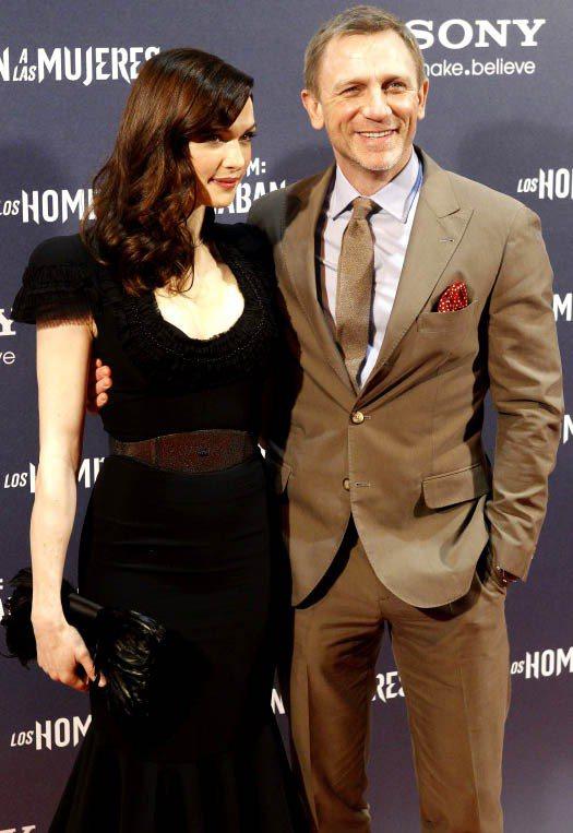 瑞秋懷茲與老公丹尼爾克雷格,她的溫柔婉約美麗妻子形象迷翻不少男影迷。圖/達志影像