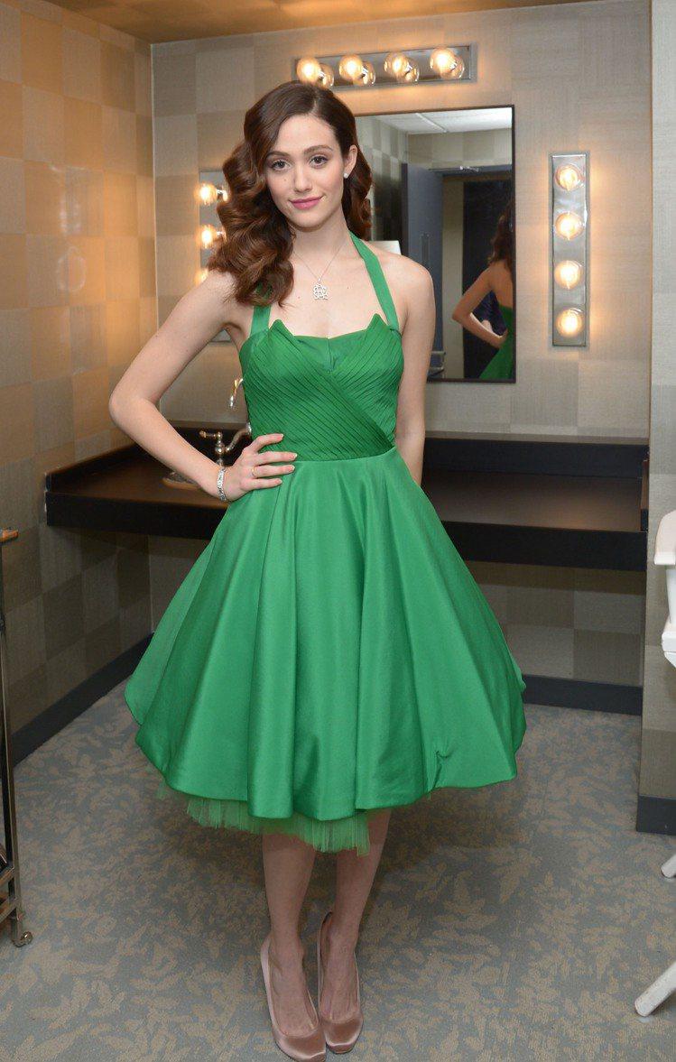 綠色篷裙洋裝夢幻復古。圖/達志影像