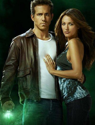 萊恩雷諾斯(左)和布蕾克萊佛莉(右)俊男美女組合是《綠光戰警》一大看點。圖/華納...