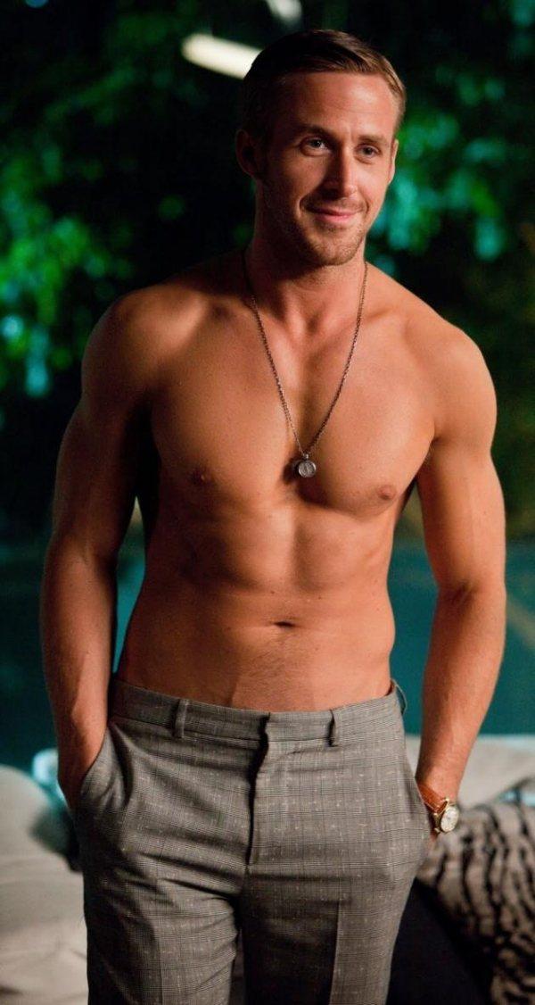 2011年雷恩葛斯林(Ryan Gossling)出演《熟男行不行》,展現他擁有...