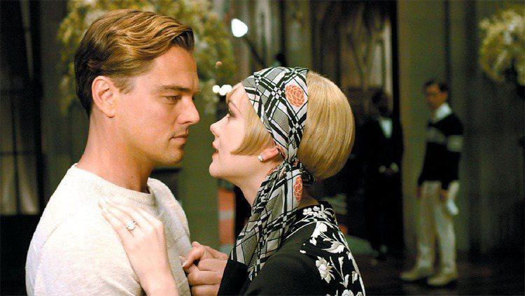 李奧納多接演經典文學著作《大亨小傳》中的主角Gatsby,這也是他與大導巴茲魯曼...