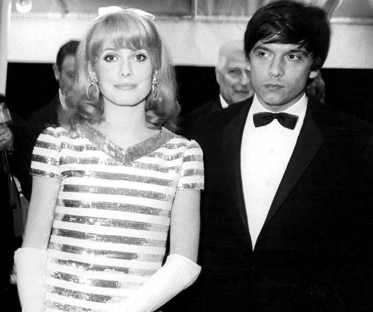 時尚攝影大師大衛貝利也不例外。他與有法國第一美人之稱的凱撒琳丹尼芙的婚姻在當時可...