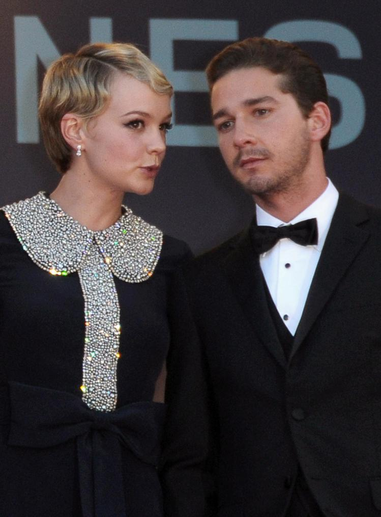 凱莉穆莉根因演出《華爾街2金錢風暴》和席亞李畢夫陷入熱戀,這段兩人大方承認的感情...