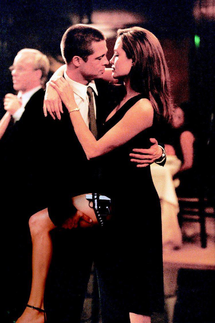安潔莉娜裘莉與布萊德彼特合作《史密斯任務》而相戀。圖/聯合報資料照