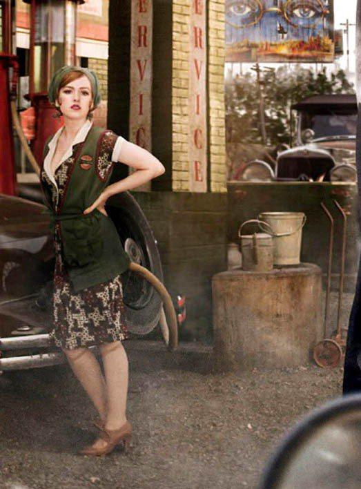 艾拉費雪在《大亨小傳》中造型煥然一新,嘗試突破戲路風格的情婦一角。圖/達志影像