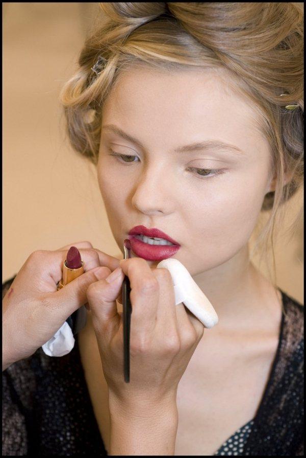 人人都有唇膏,會不會使用反而成為決勝的關鍵。圖/she.com Taiwan提供