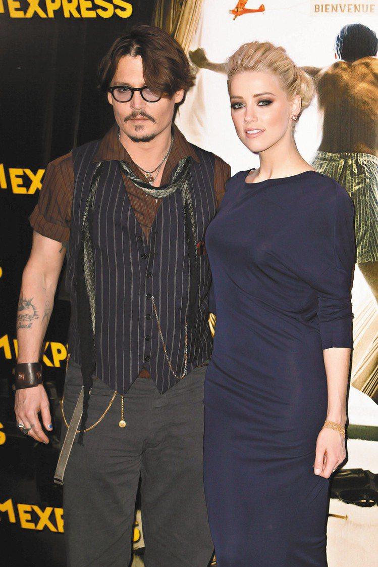 強尼哥身上最火熱的話題莫過於與新女友安柏赫德間的發展近況,兩人因為合拍《醉後型男...