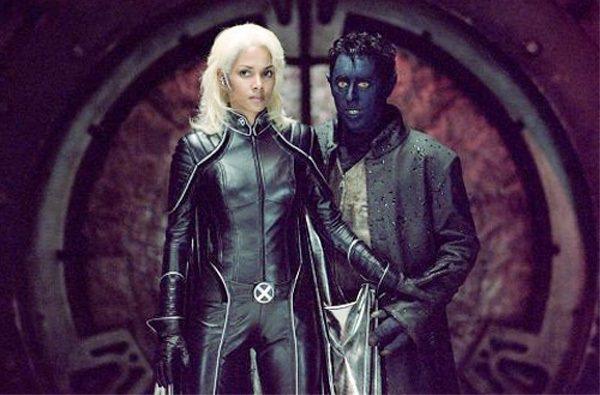 艾倫康明在《X戰警2》飾演藍魔鬼(右)。圖/擷取自IMDB