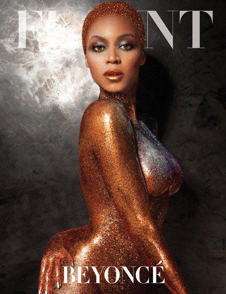 流行天后碧昂絲為 《Flaunt》 雜誌拍攝新封面,跟超模泰拉撞臉。圖/擷取自r...