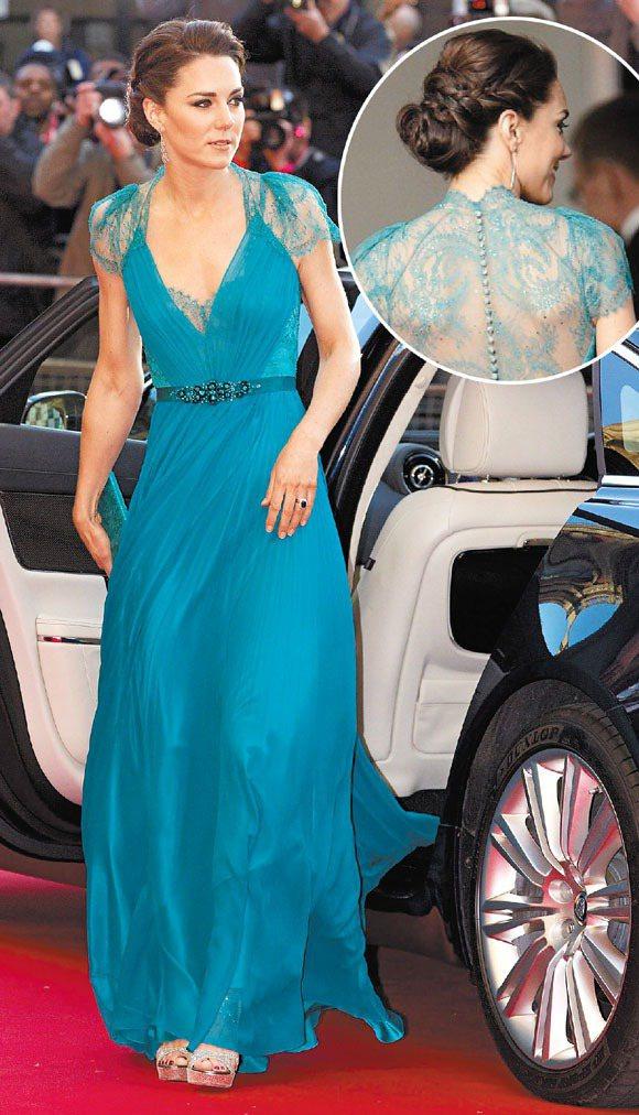 2012年,為倫敦奧運造勢的皇家音樂會上,凱特穿著 Jenny Packham ...