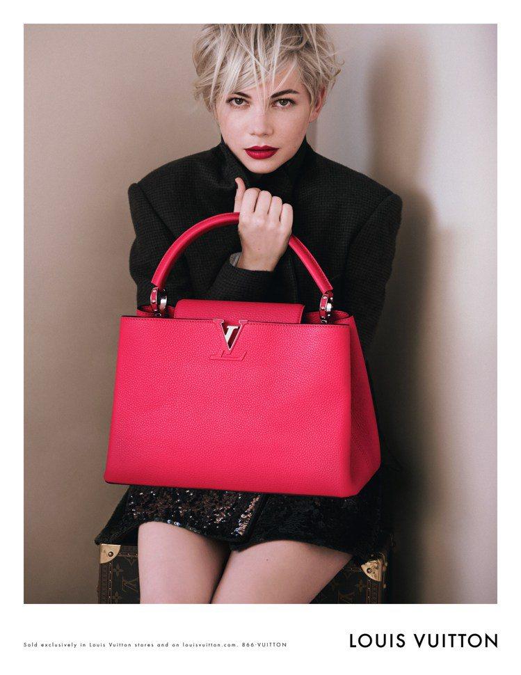 好萊塢女星蜜雪兒威廉斯,被LV相中成為秋冬新包款W和Capucines bag的...
