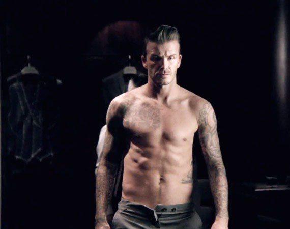 近日貝克漢推出了他的新香水廣告「David Beckham Classic」,又...