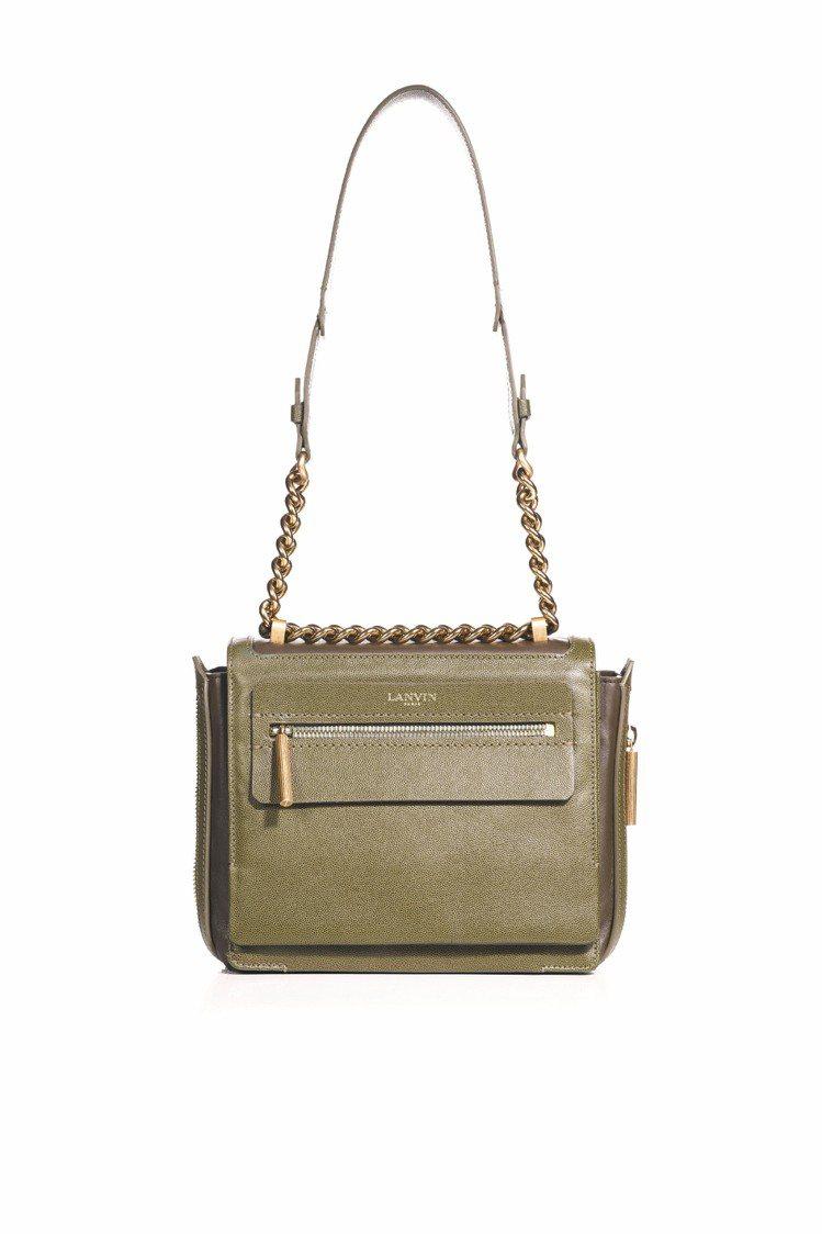 LANVIN斜背包,70,700元。圖/LANVIN提供