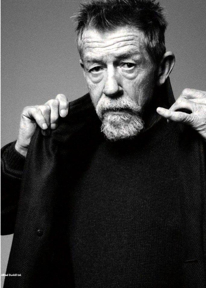 Dunhill曾邀高齡逾七十歲的「哈利波特」男配角約翰赫特入鏡廣告。圖/Dunh...