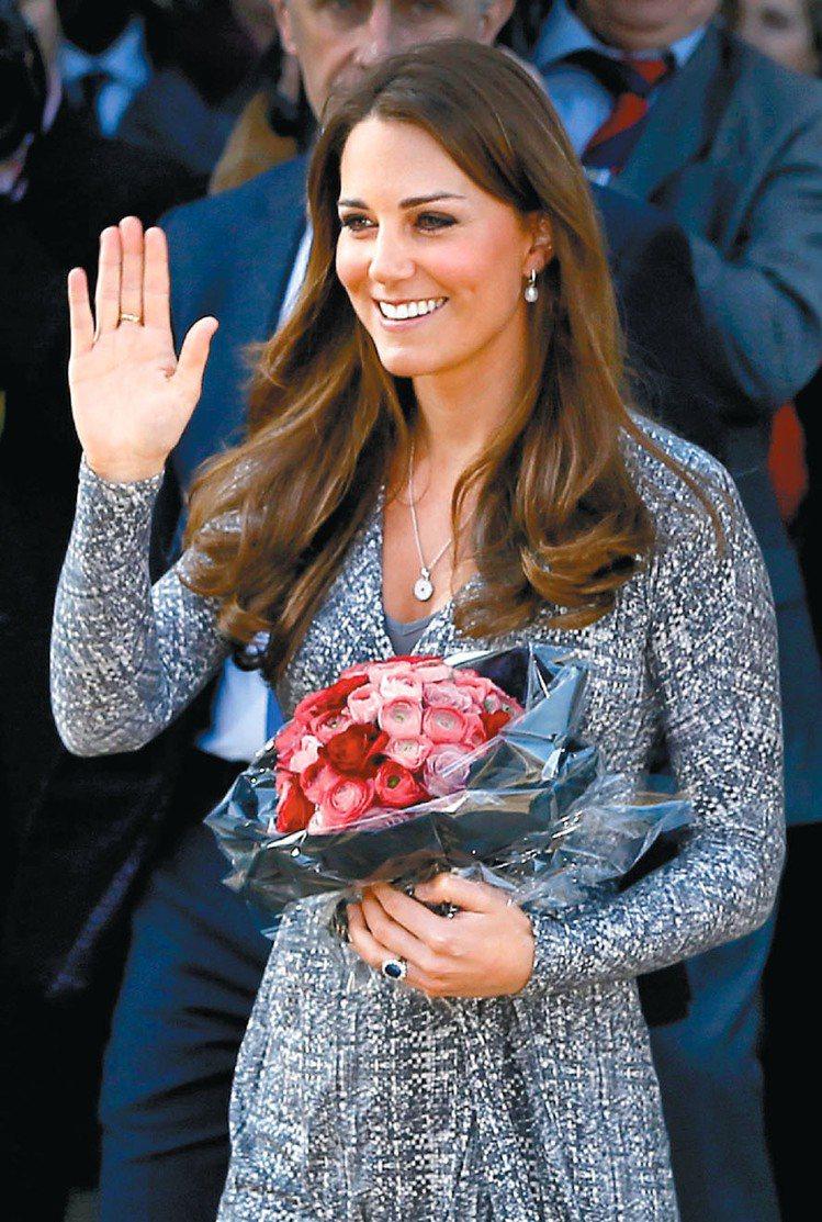 英國王妃凱特密道頓的溫暖微笑被拿來合成「最完美名人」。圖/美聯社