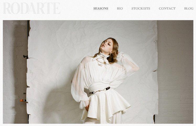 Laura Mulleavy 與 Kate Mulleavy 的時裝,有時像女神...