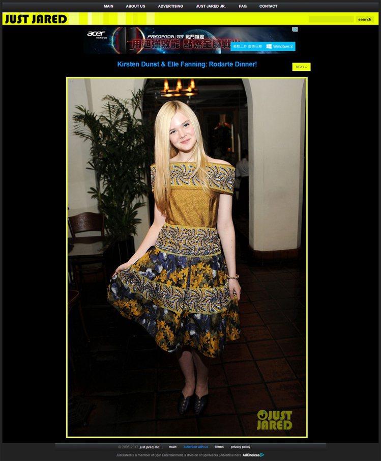 喜歡玩時尚大冒險的艾兒芬妮,偏愛民族風的Rodarte裙裝,展現她青春活潑的亮麗...