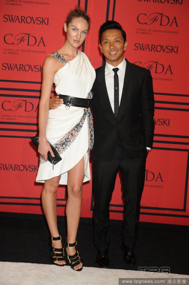 Candice Swanepoel不只擁有許多男性粉絲,許多女人也封她為性感ic...