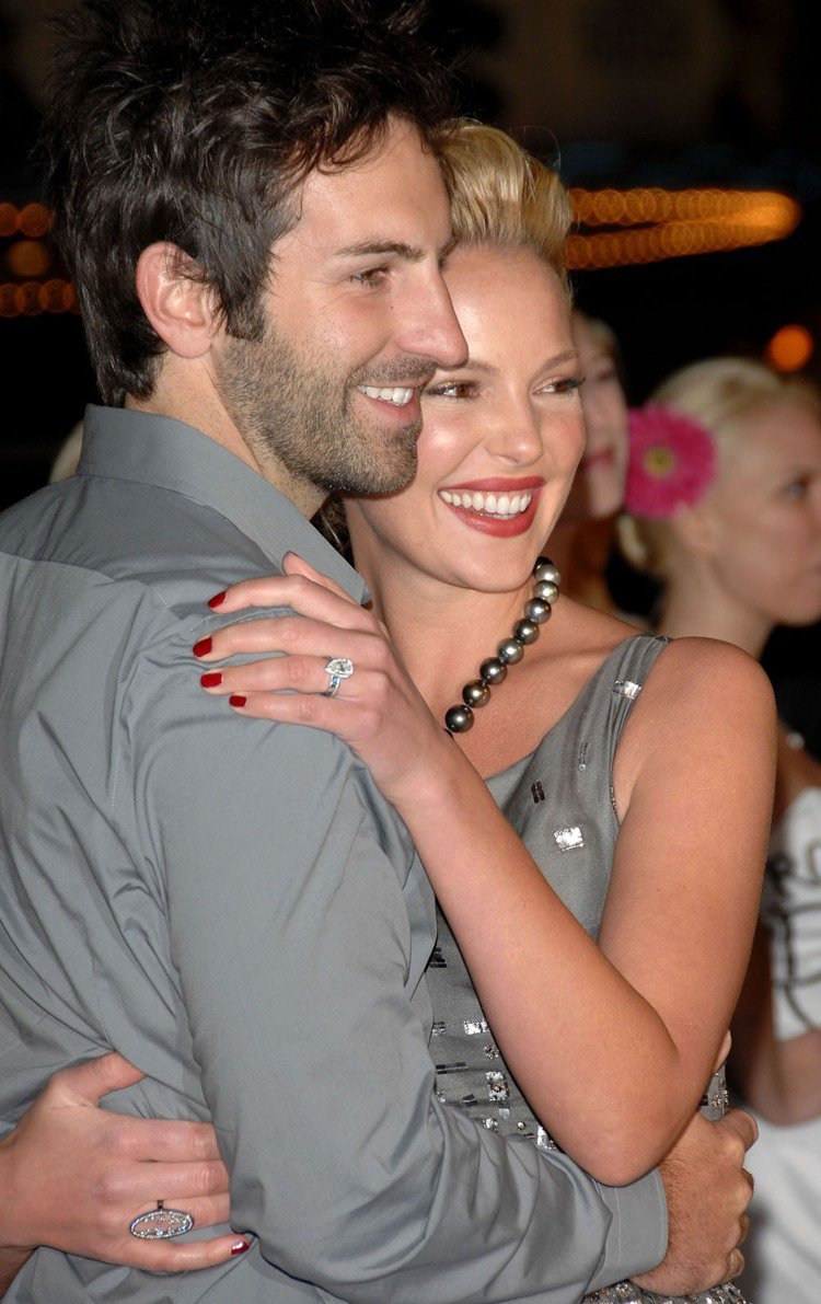 凱薩琳海格(右)和老公喬許凱利是知名的好萊塢夫妻。圖/法新社