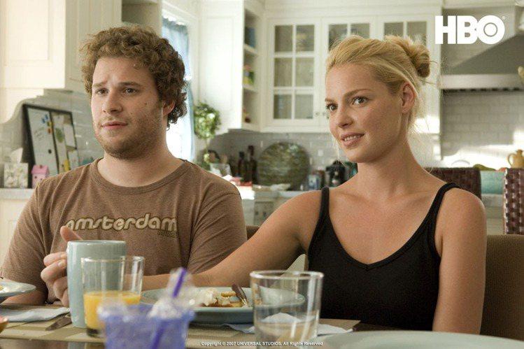 《好孕臨門》的凱薩琳穿得樸素輕便。圖/HBO提供
