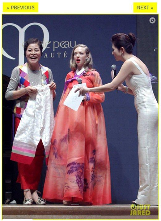 日前亞曼達塞佛瑞到首爾參加活動,還體驗傳統韓服。當時賈斯汀隆也一路愛相隨陪她出差...
