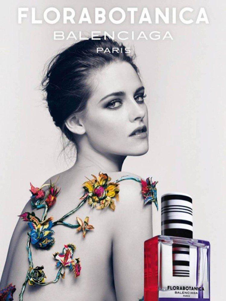 克莉絲汀史都華演繹的Balenciaga Rosabotanica 香水廣告與先...