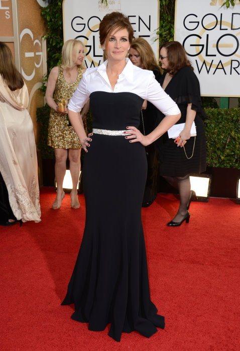 Dolce & Gabbana 禮服有如此多種選擇,茱麗亞羅勃茲偏偏要挑這麼一件...