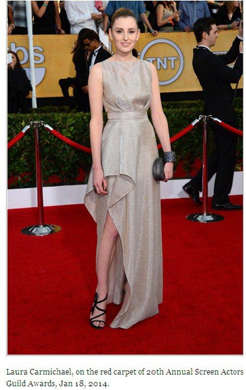 Laura Carmichael 的 Vionnet 禮服也以滿滿金蔥散發耀眼光...