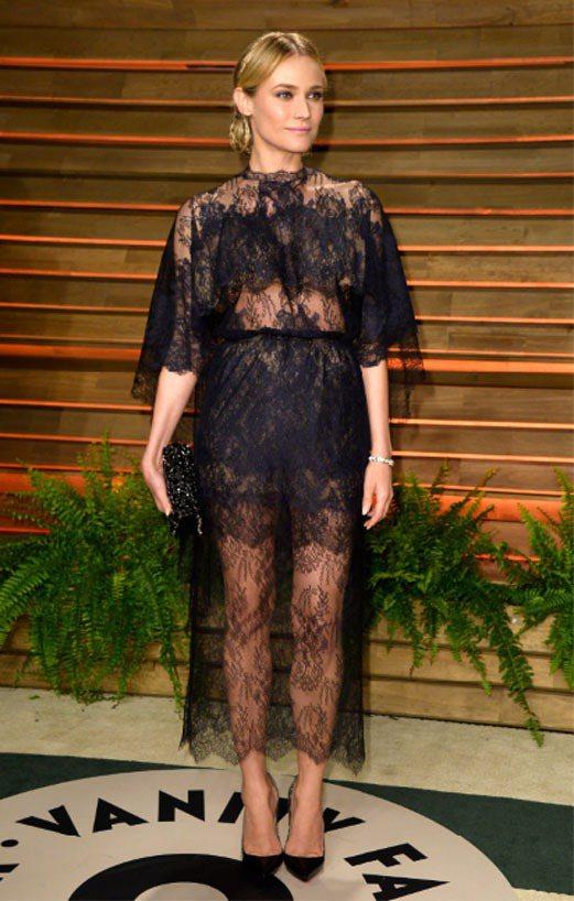 黛安克魯格的 VALENTINO 2014 春夏高級訂製服展現精緻的蕾絲之美。圖...