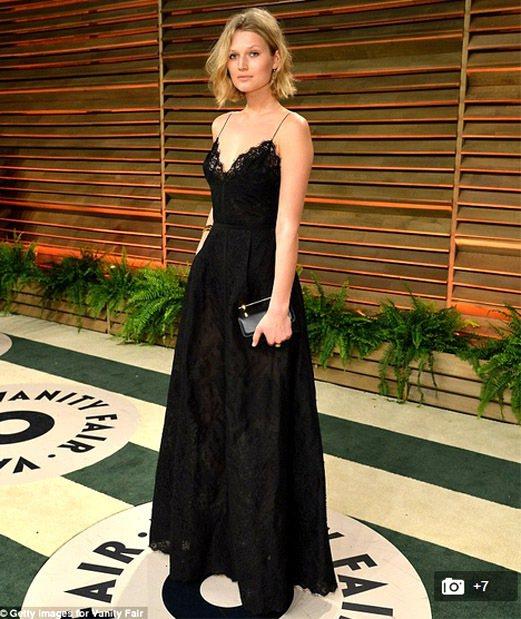 李奧納多的女友 Toni Garrn出席奧斯卡會後派對。圖/擷取自justjar...