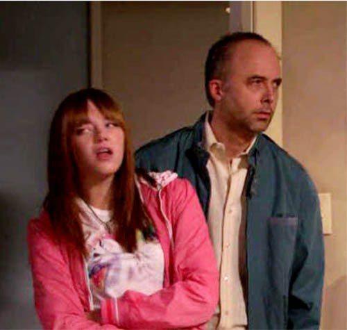 艾瑪史東演出電視影集《幸運路易》(Lucky Louie),受到不少年輕人注意。...