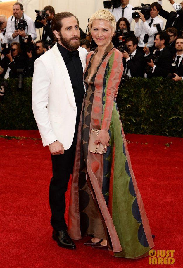 傑克葛倫霍(Jake Gyllenhaal)的穿著被安娜溫圖和莎拉潔西卡派克點名...